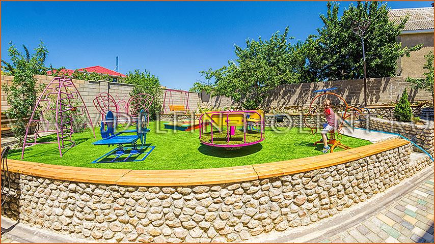 Заказать детскую площадку во двор недорого